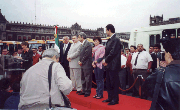 Mexico City officials inaugurated service in 2001 with 50 new buses equipped with lifts and other access features.<br>Photo courtesy of Marìa Eugenia Antunez.